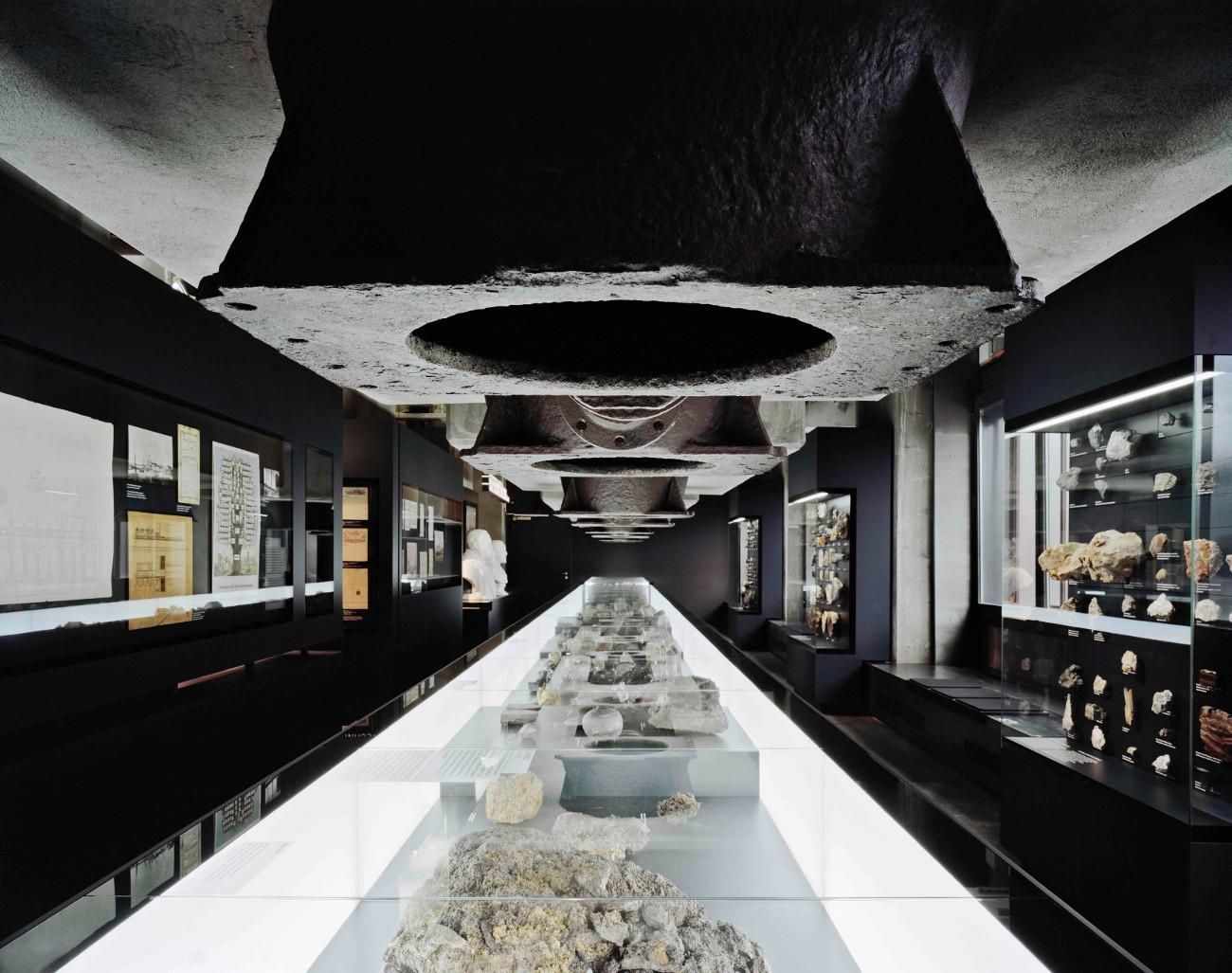 Szenografie, Architektur, Medien Raumwelten vom 21. bis 21 ...