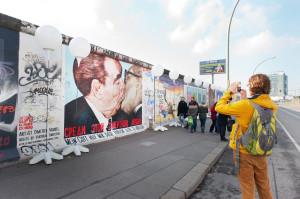 25JMF_EastSideGallery_Lichtgrenze__c__Kulturprojekte_Berlin_Foto_Hamish_Appleby