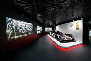 Neu-Inszenierung des Porsche Pavillons in Wolfsburg