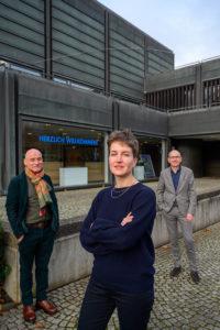 Der scheidende Museumsdirektor Hans-Günther Golinski, Noor Mertens, Kulturdezernent Dietmar Dieckmann. (von links, Foto: Stadt Bochum)