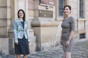 Dr. Viola Skiba und Dr. Sarah Nelly Friedland (von links, Foto: rem/Maria Schumann)