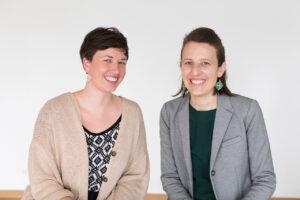 Cara Mielzarek, Stefanie Schöffmann (von links, Foto: Michaela Grabner/Salon Deluxe)